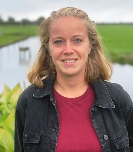Lindsey (26) vond het lastig om uit de kast te komen, en wil nu anderen daarbij helpen: 'Een gesprek lucht al op'