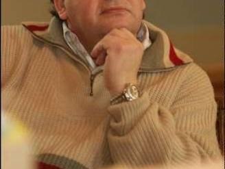 Marcel Vervloesem zet hongerstaking stop