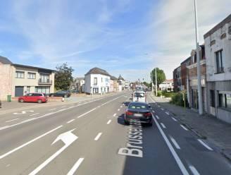 Aanleg gescheiden riolering en voet- en fietspaden langs de N9-Brusselbaan