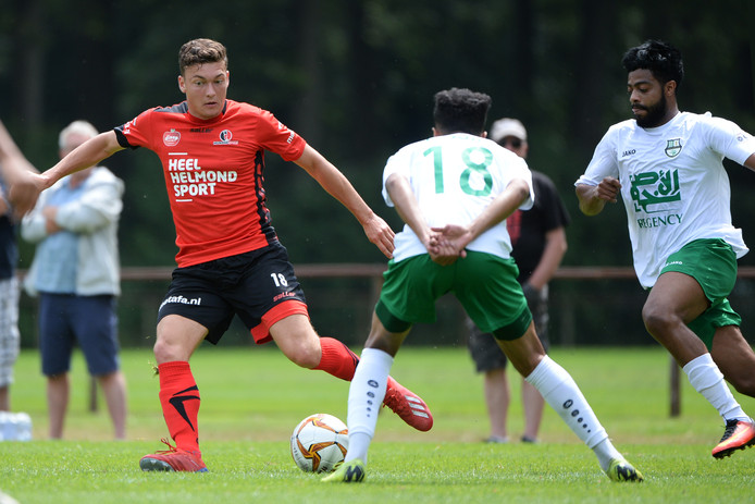 Diego Snepvangers is een van de twee NAC-huurlingen die dit seizoen bij Helmond Sport spelen.