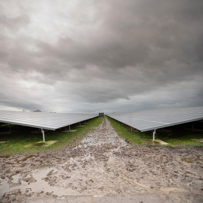 Het Friese dorp Garyp heeft sinds 2017 een eigen zonnepark voor lokale groene stroom.