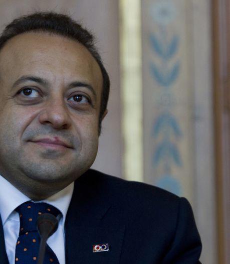 """""""L'Europe s'éloigne de jour en jour de la Turquie"""""""