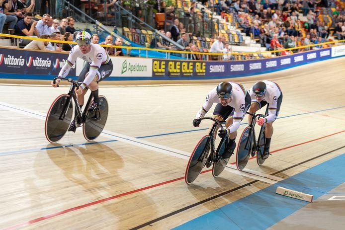 De baanwielrenners tijdens het EK in Apeldoorn waar ze Europees kampioen werden.