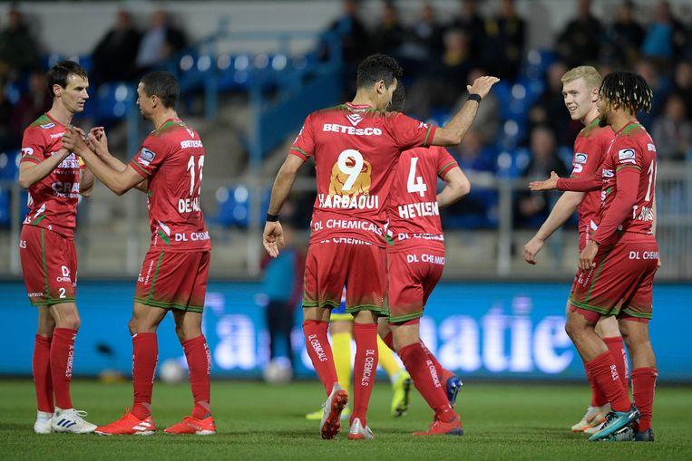 Hamdi Harbaoui viert een van zijn twee goals.