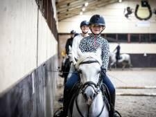 Paardrijden elitesport? Niet in Rossum: 'Met blingbling hebben we niets'