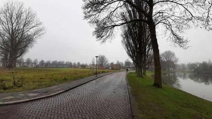 Op het braakliggend terrein met de tiny houses komt de toekomstige villawijk Vlijweide.