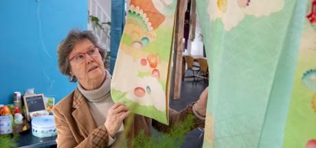 Marijke van Wijngen is nu blij dat ze Japanse kimono's niet verknipte