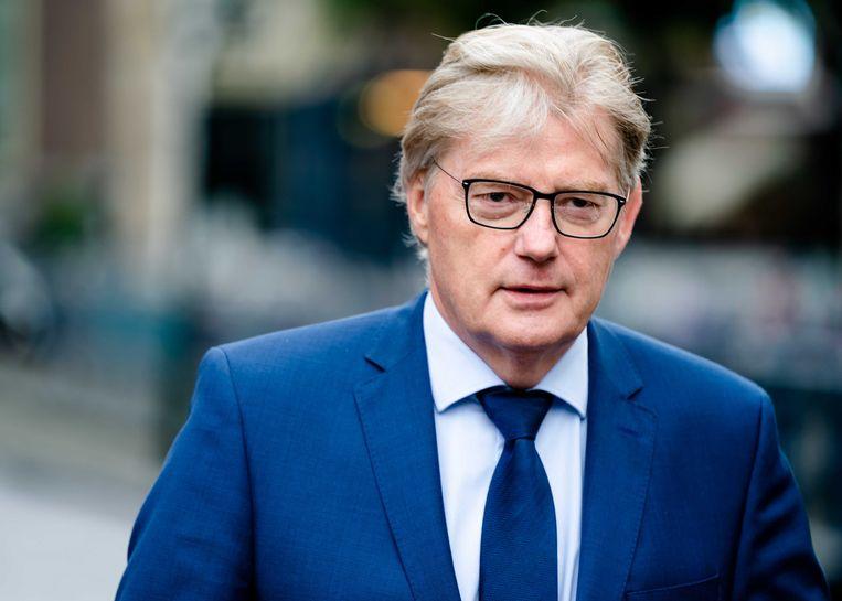 De chaos bij de uitkeringen van het persoonsgebonden zorgbudget (PGB) kostte toenmalig staatssecretars  Martin van Rijn bijna de kop. Beeld ANP