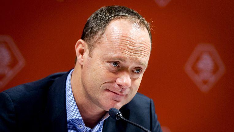 Bert van Oostveen, voorzitter van de Koninklijke Nederlandse Voetbalbond. Beeld anp