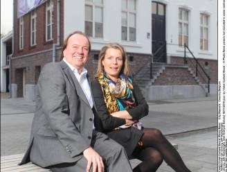 Hoeyberghs amputeert na kankerdiagnose borsten van zijn vrouw