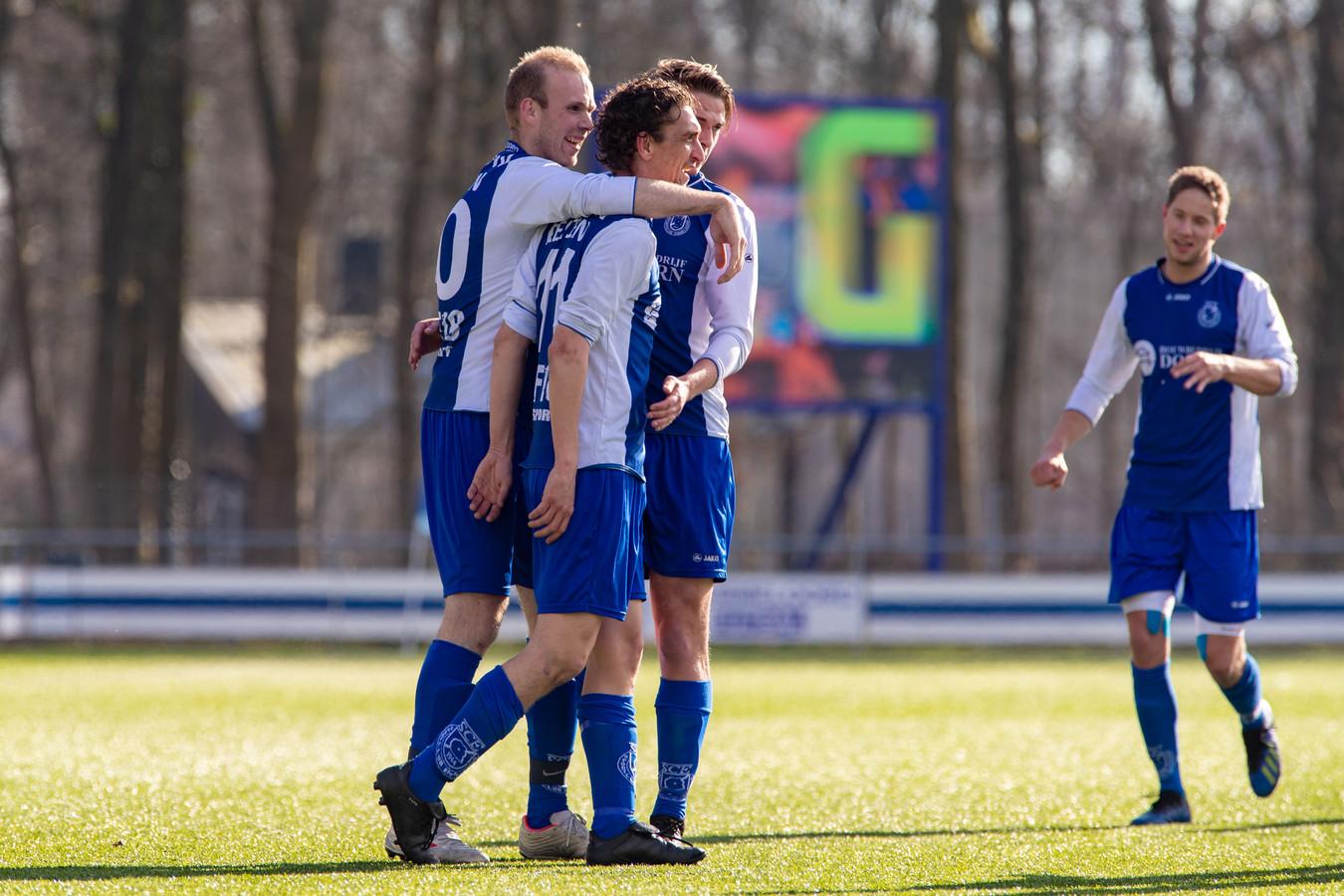 SC Emmeloord verheugt zich op een nieuw seizoen met trainer Jeroen van den Berg.