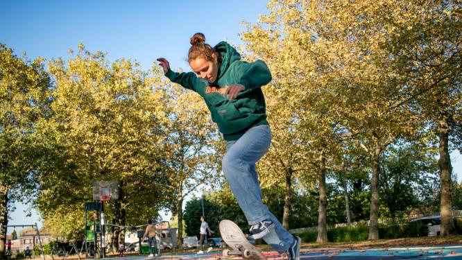 """""""Mijn grenzen verleggen en doorzetten, dat doe ik graag"""": Stella (16) neemt zaterdag deel aan Belgisch kampioenschap skateboarden"""