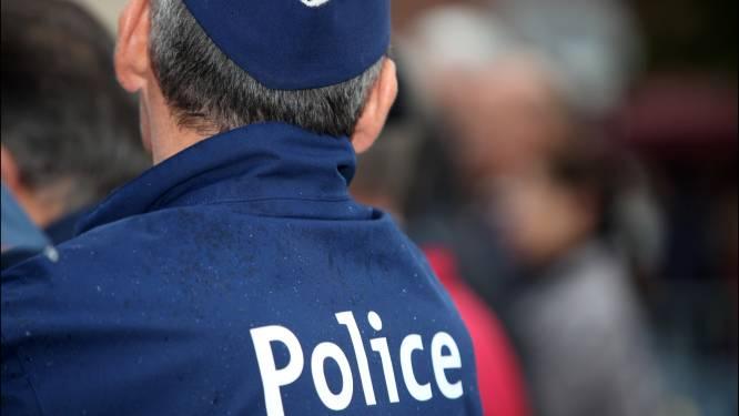 Politie legt rave met 500 mensen stil in Houyet, vier agenten gewond