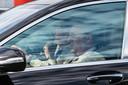 Voorzitter Paul Gheyssens kijkt weg.