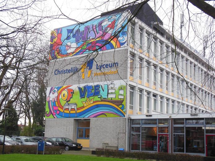 Het Christelijk Lyceum Veenendaal, waar RTL de opnames voor de documentaire maakte.