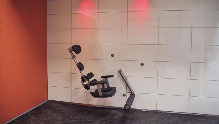 Prototype van een stoel waarin mensen met een beperking zelfstandig kunnen douchen. Probleem: zelfstandig drogen lukte niet. Beeld Siza