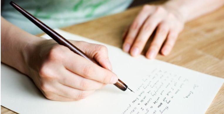 """Sylvia Witteman: """"Ik besefte dat ik het handschrift van mijn zoon al een jaar of tien niet had gezien"""""""