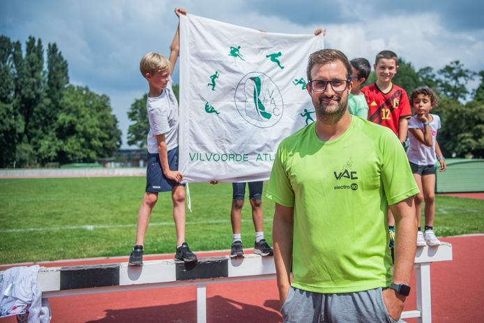 VILVOORDE, BELGIUM, on Augustus 05, 2021: Trainer VAC: Matthias De Buyser Report in the athletics club of Vilvoorde, the club of Noor Vidts during its competition at the tokyo olympic games. Pictured in Vilvoorde, Belgium, on 05/08/2021. (Photo by Mathieu Golinvaux / Photo News)