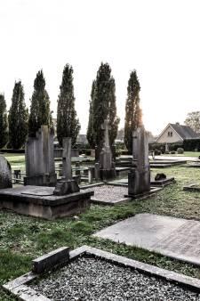 Monumentale graven in Didam en 's-Heerenberg tóch hersteld, mede na brief van nabestaande