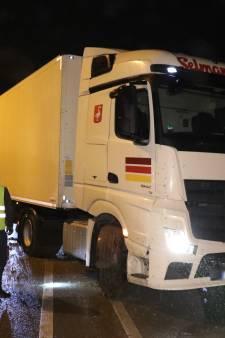 A15 bij Bemmel afgesloten door ongeluk