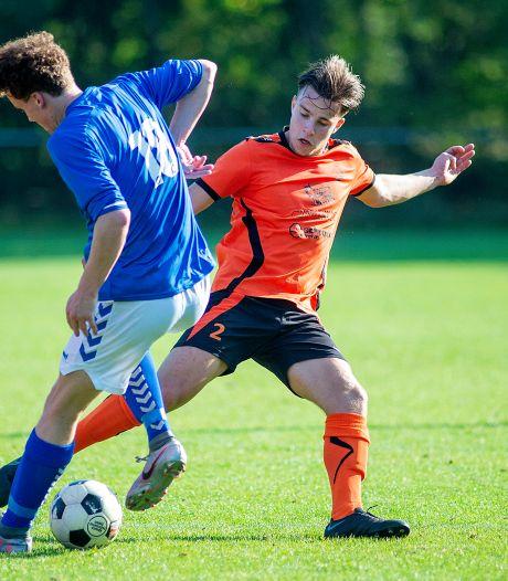 Eerbeekse Boys-speler Thijs Udink is pas 20, maar maakte al veel mee: 'Even is voetbal dan niet meer zo belangrijk'
