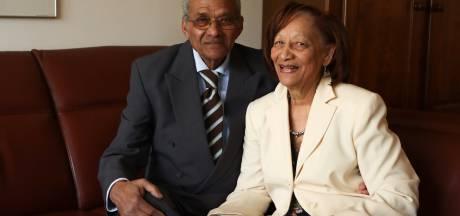 Richmond viel op de lange vlechten van Selma, nu zijn ze 60 jaar getrouwd