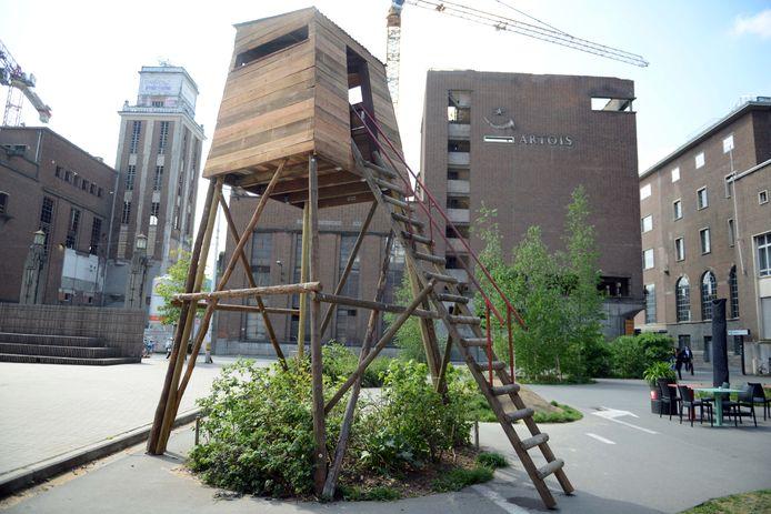 De jachthut aan OPEK van Pieter Janssens maakt deel uit van de experimentele kunstroute van LABO in Leuven.