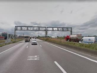 """Snelheidsduivels op E17 tussen Waregem en Deerlijk gestraft: """"Ik was een Nissan Micra gewend en mocht even met een Audi rijden"""""""