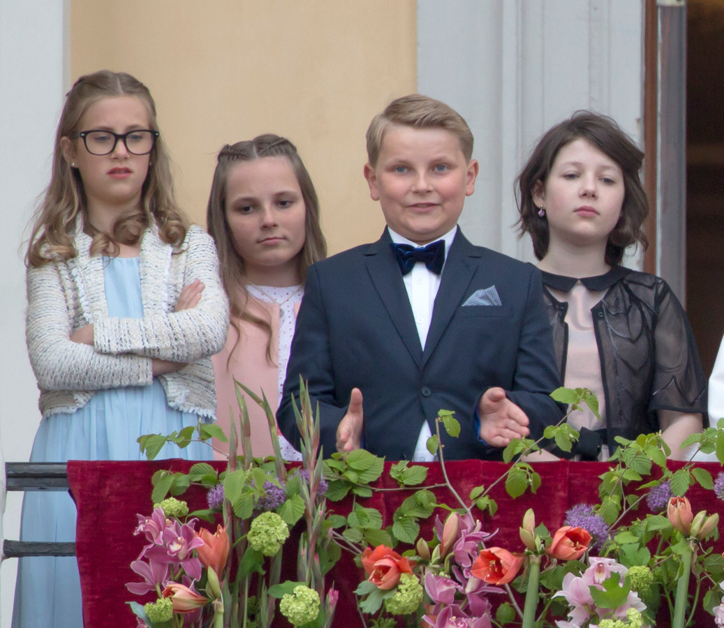 Leah Isadora Behn, prinses Ingrid Alexandra, prins Sverre Magnus en Maud Angelica Behn.
