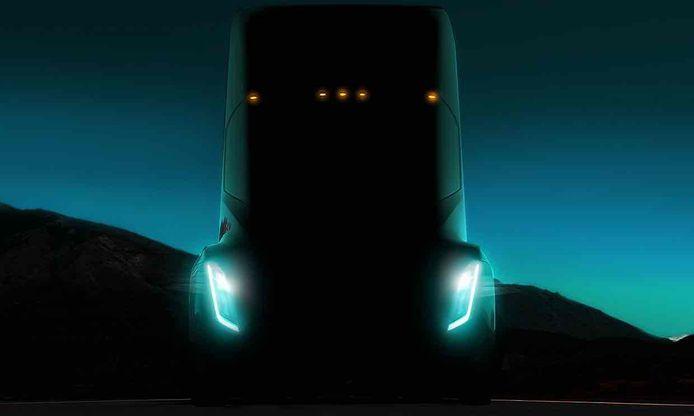 De aandeelhouders kregen ook een teaser van de elektrische truck van Tesla te zien.