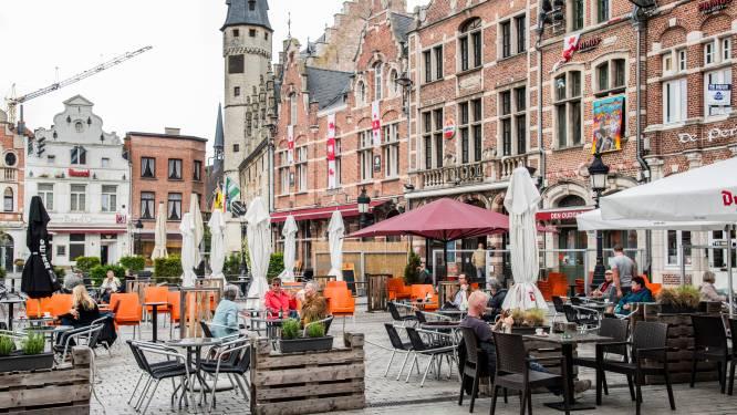 """Stadsbestuur bereid om behoud ruimere terrassen te bekijken: """"Boterham verdienen en plezier maken blijven stimuleren"""""""