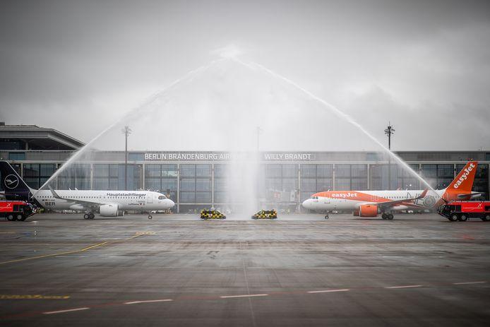 De eerste twee vluchten arriveren op 31 oktober 2020.