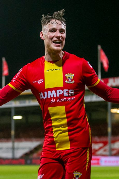 Topclubs Feyenoord, AZ en FC Utrecht melden zich bij GA Eagles voor Beukema, ook interesse uit Duitsland en Italië