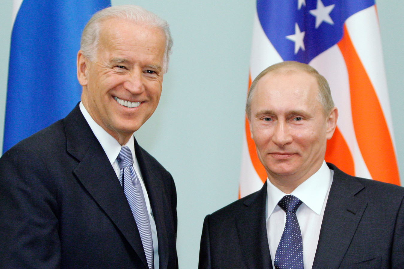 Joe Biden en Vladimir Poetin in 2011.