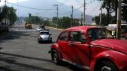 Volkswagen laat Mexicaanse verdeler met naziposter in toonzaal vallen
