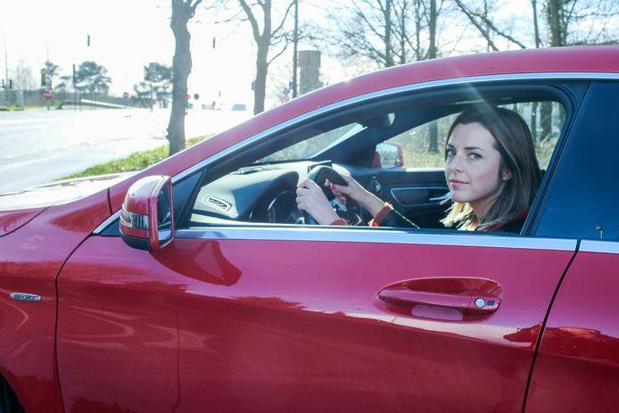 Femke Lauwers wist na 17 jaar eindelijk haar angst voor snelwegen te overwinnen.