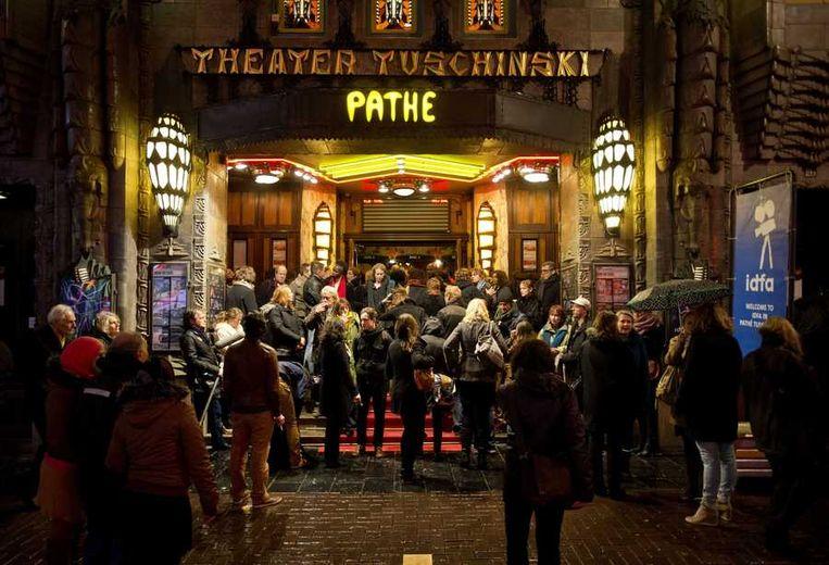 De opening van het internationaal filmfestival IDFA in Pathe Tuschinski in Amsterdam. Beeld anp