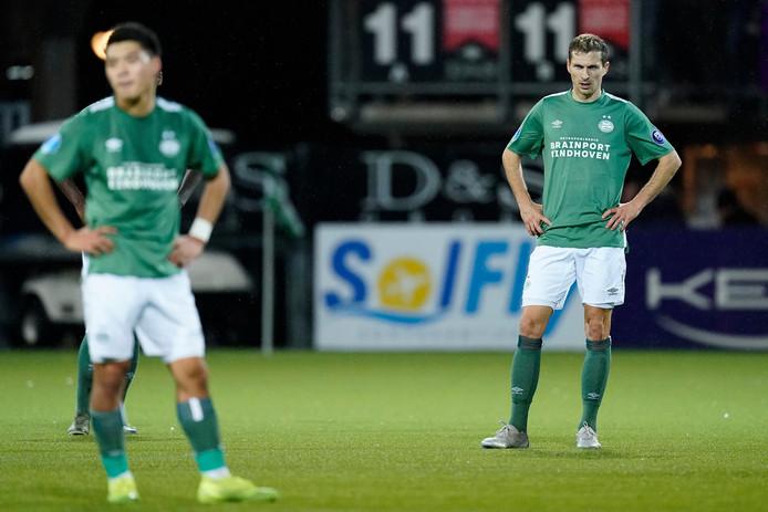 Ritsu Doan (links) en Daniel Schwaab (rechts) balen na het gelijke spel tegen Sparta.