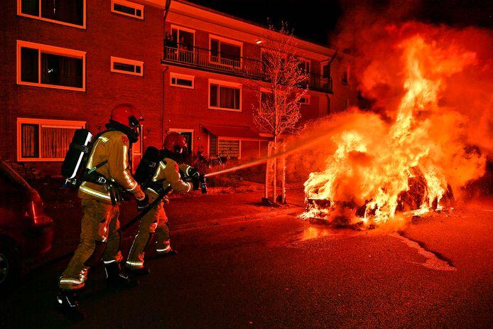 De autobrand aan de Jeneverbeslaan.