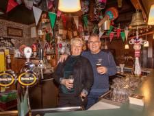 Jenny en Hans Goudzwaard stoppen na 25 jaar met hun café 't Centrum in Poortvliet