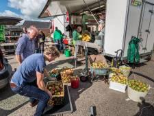 Met honderden appels en peren van eigen grond naar Fruitspersdag in Mander