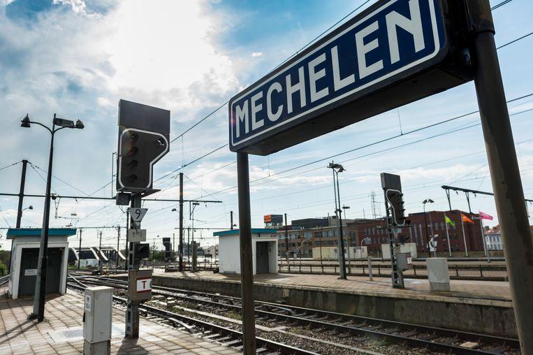 De diefstal gebeurde aan het station van Mechelen.