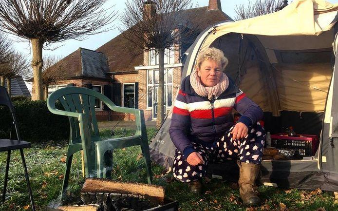 Linda Holtman kreeg een waarschuwing de tuin te verlaten, maar dat is ze niet van plan.