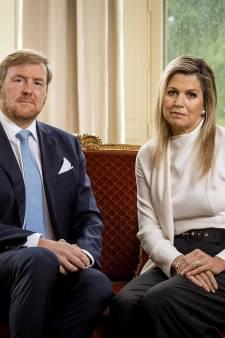Willem-Alexander en Máxima bedanken hulpverleners na rellen: 'U doet fantastisch werk'