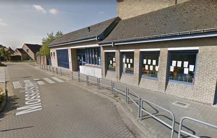 Vijftig leerlingen van VBS De Loopbrug zitten in quarantaine.