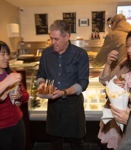 Pers uit Singapore op werkbezoek bij friture Martin Zwerts in Eindhoven