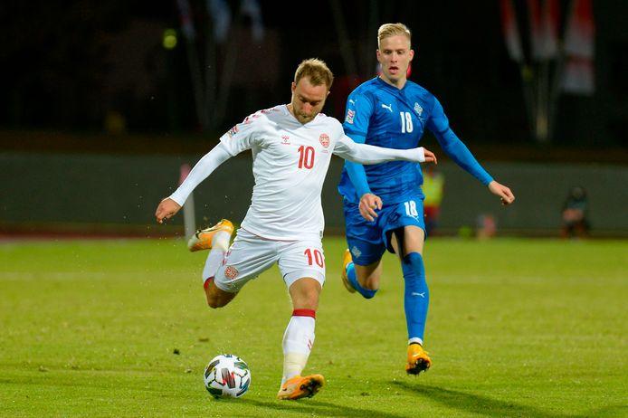 Eriksen was goed voor de 0-2 van Denemarken in IJsland.