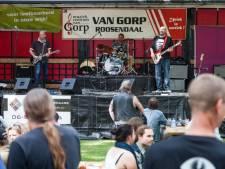 Dijkpop Festival in alle hevigheid losgebarsten in Roosendaal: bekijk hier het openingsoptreden