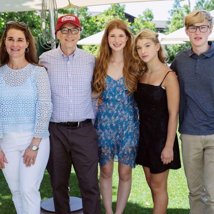 Melinda en Bill Gates met hun drie kinderen Jennifer, Phoebe en Rory (v.l.n.r.).