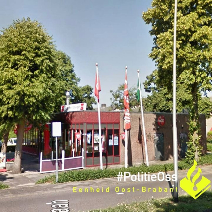 Cafetaria 'Restorette West' aan de Heischeutstraat in Oss